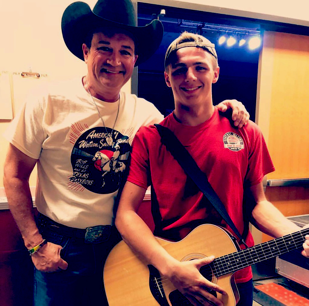 Bailey with Tracy Byrd backstage after the show